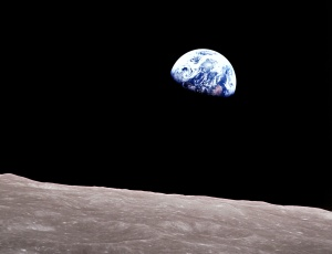 apollo-8-earth-rise-8